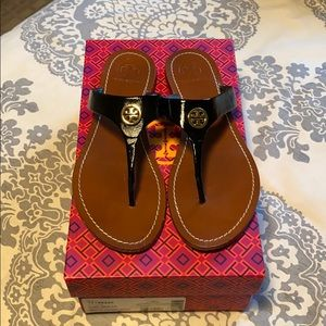 Tory Burch black and gold Cameron 8